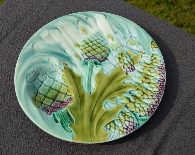 French Plate Antique Luneville K G Depose Asparagus and Artichoke Plate Fully Marked Late 19th Century Barbotine, Majolica Classic Design