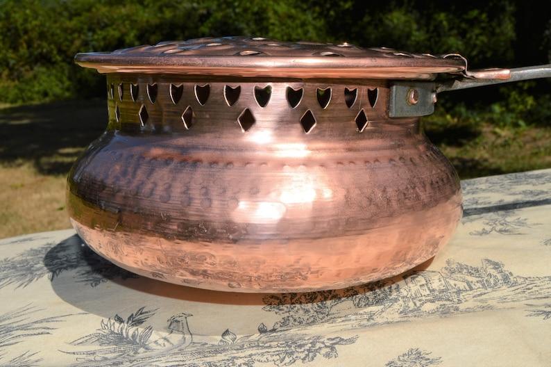 Antique Français Cuivre Nut Roaster Pan Old Timer Percé Cuivre Pot Décorateurs Pièce Fer et Poignée en bois