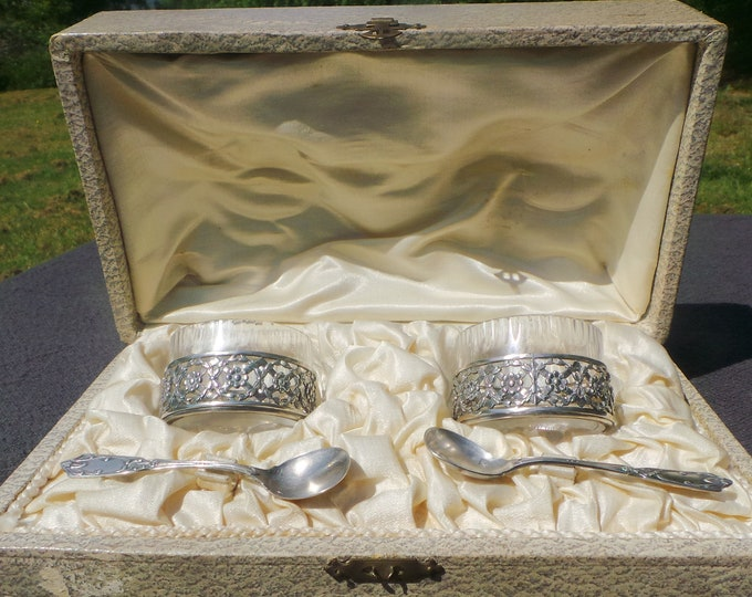 Boxed Solid Silver Salts Two Spoons Cruet Crystal Inserts Serving Set French Silver Minerva 2 800 Silver RS Salt Servers Salieres Salerons