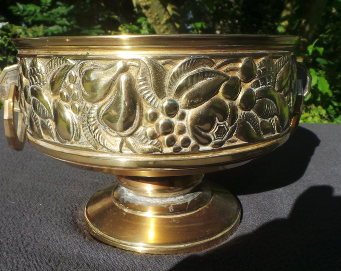 French Art Deco French Bronze/Brass Flower Pot Fruit Bowl Jardiniere Decorated Two Cast Brass Handles Bowl Repaired Planter Cache Pot