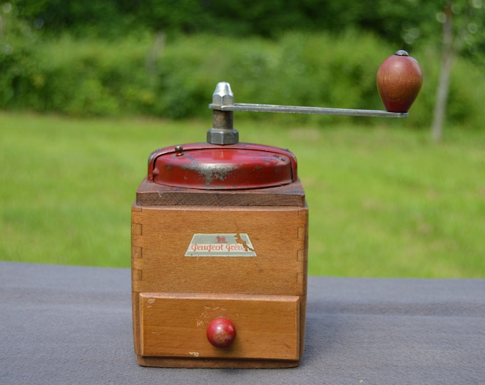 Vintage French Peugeot Bros  Red Coffee Grinder Metal Handle Attachments Coffee Mill Fully Working Moulin à Café Enamel Coffee Bean Mill