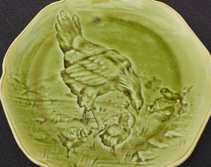 French Plate Boulenger et Cie CHOISY Le Roi Antique French Impressed Glazed Plate 1836-1880 Terre de Fer Earthenware Green Hen and Chicks