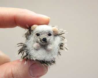 Felted Hedgehog, felted animal, Miniature soft sculpture, Christmas  gift, Woodland,felted miniature