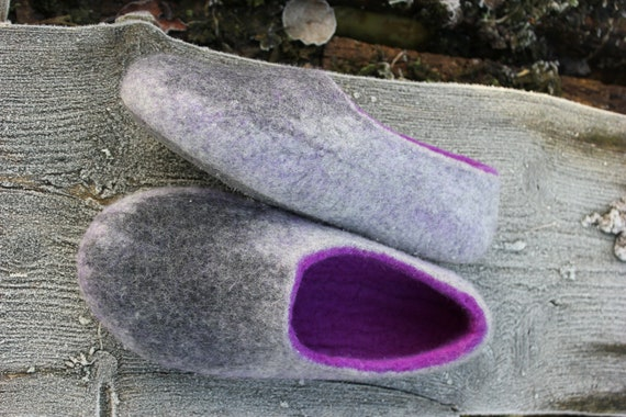 30c3610355c11 Women house shoes, handmade, felted women slippers, gray violet wool,  comfortable shoes