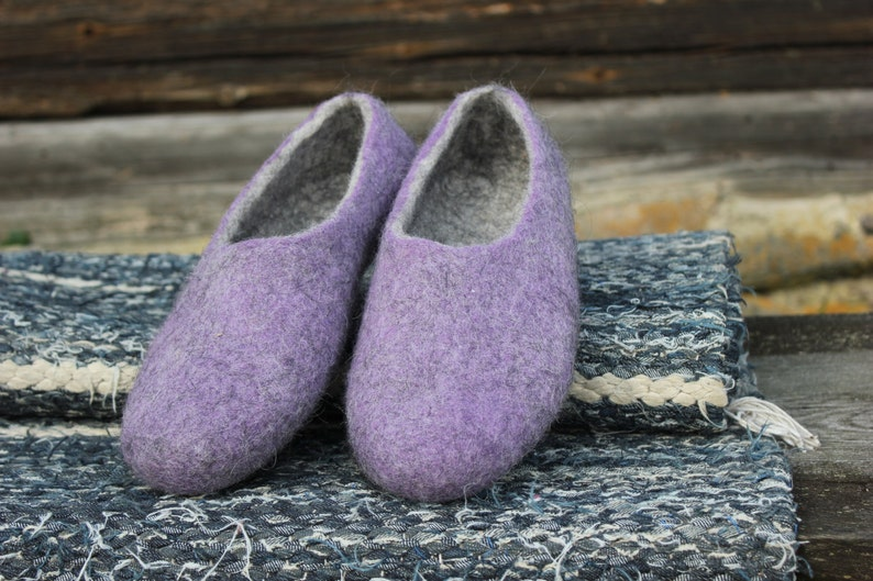 33643e6881b60 Women slippers- Lilac Grey -Women house shoes- Gift idea-felted slippers