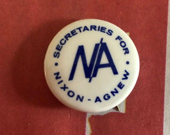 Richard Nixon Pin Back Secretaries Presidential Campaign Button 1968 Agnew For
