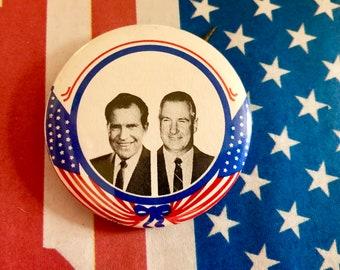 1968 Victory Salute RICHARD NIXON Glossy 8x10 Photo Political Campaign Print