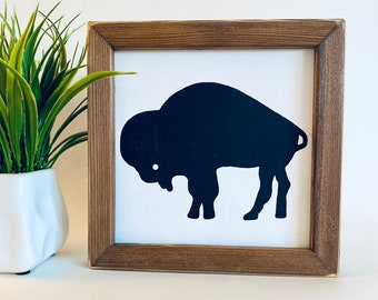 """8""""x8"""" - Standing Buffalo Farmhouse sign, stand or hang"""