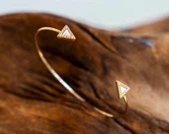 Isla Triangle Bracelet