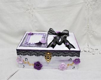 Purple Graduation 2018 Memory Box, Shadow Box, Wood Box, Keepsake Anniversary Box, Large Memory Box , Custom Wood Box, Wooden Box
