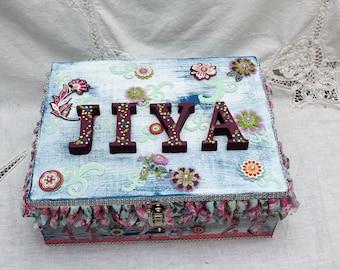 Baby Girl Keepsake Box, Baby Shower Gift, Time Capsule Box, Large Wooden Box, Baby Girl, Baby Boy, Memory Box, Keepsake Box, Wood Box