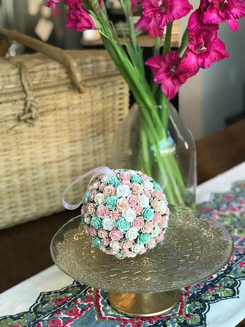 Kissing Ball Centerpieces Rose Artificial Flowers Kissing Ball For Wedding Flower Ball 6 Paper Flower Kissing Ball For Flower Girl