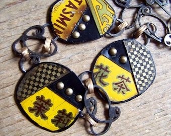 Recycled  tin Neclace    * 5