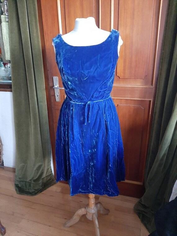 Velvet dress, silk velvet royal blue, simple cut.