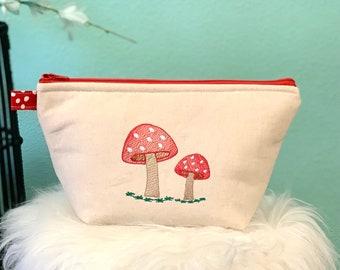 Mushroom zipper pouch