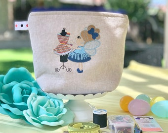 Personalized Zipper pouch for Sewing supplies, Supply Bag for seamstress, sewing Case, notions Holder, Beginner Sewing kit