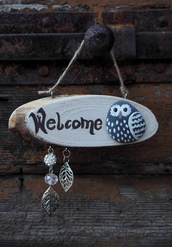 Painted Rock Owl  - Welcome sign Hanging decoration