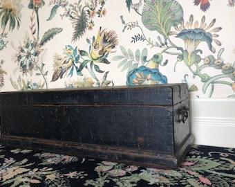Bid at Wotton Auction on 4-6.October! Antique Vintage Wooden Candle Box trunk storage chest primitive patina original paint folk art
