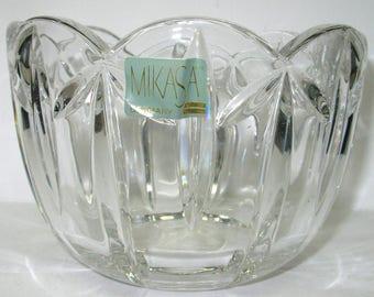 Mikasa Crystal, Palais Bowl, Elegant Round Glass Serving Dish