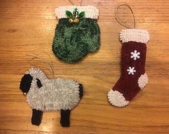 Primitive rug hooking kit, hooked, Christmas ornaments, linen, wool, gift