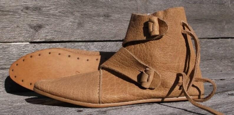 ccf9b7d28ef64 Viking 2 Toggle Boots Mens Size 7 Natural Viking Shoes, Medieval Ankle  Shoes, Renaissance Shoes, Costume Shoes, Reenactment shoes, LARP