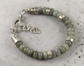 Labradorite bracelet lovely gift for her, sterling silver modern raw bracelet, rustic boho bracelet, womens lovely gift, beaded bracelet