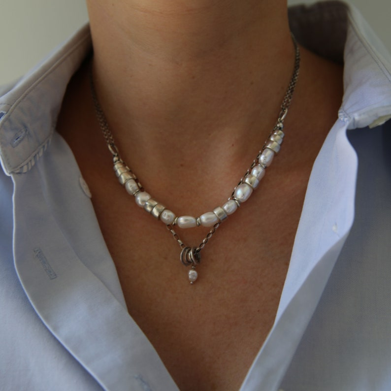 Classic White Pearl Statment Necklace  Dainty Necklace Small image 0