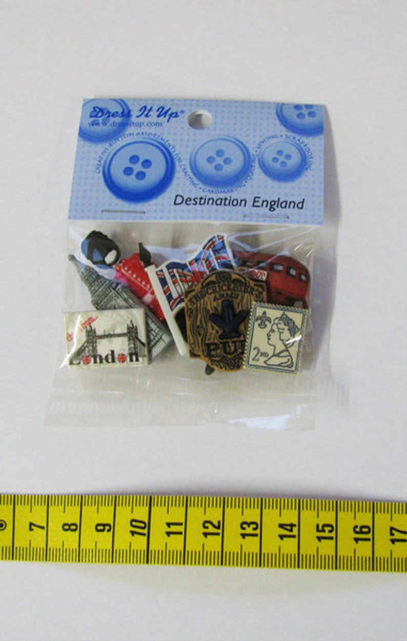 Dress it up buttons 1 pack buttons Destination England image 0