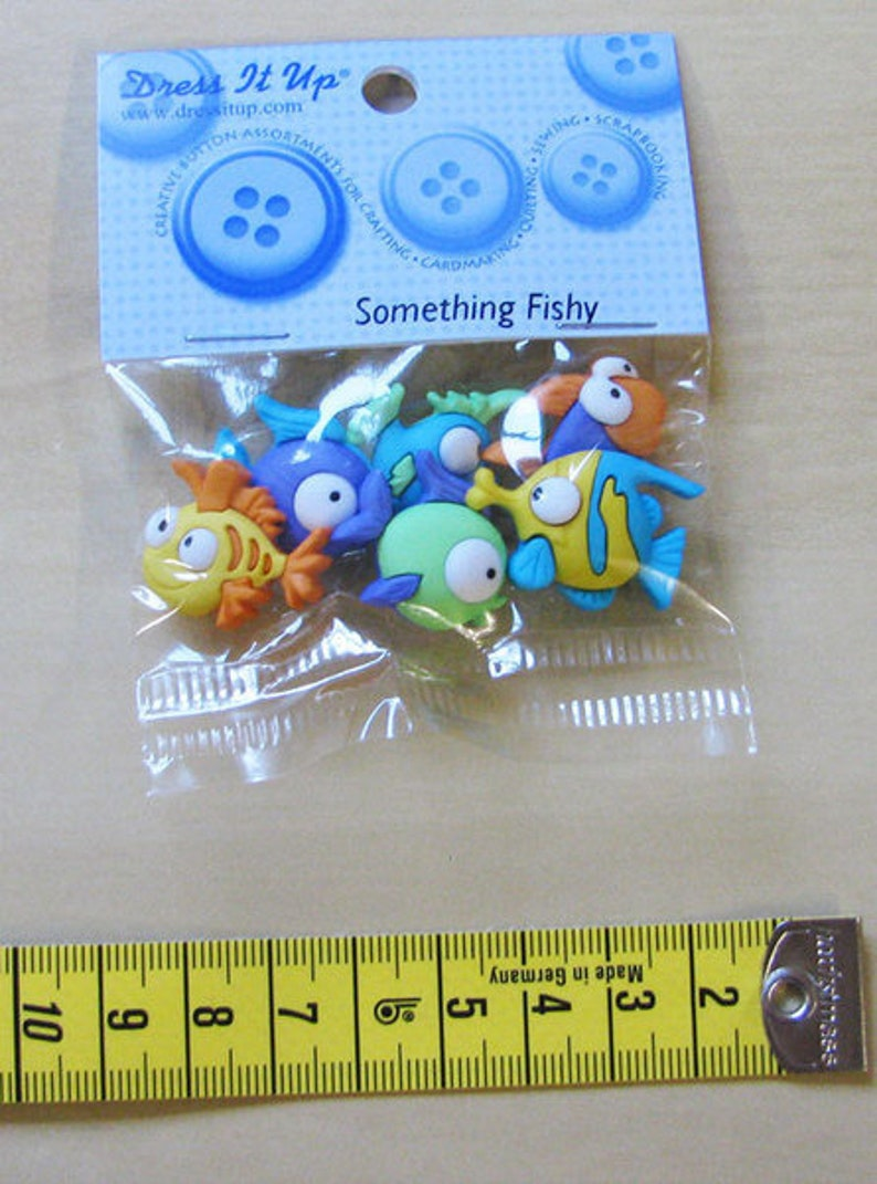Dress it up buttons 1 pack something fishy buttons decade image 0