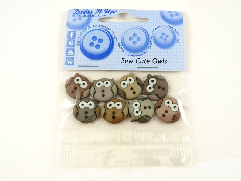 Buttons Owls Owl Buttons Trees Owl Tree Deco Deco Butt Animals image 0