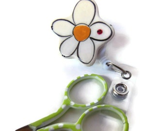 Retractable Scissor Reel, Handmade Ceramic White and Yellow Daisy Flower Scissor Holder for Quilters, Gift for Quilter or Seamstress