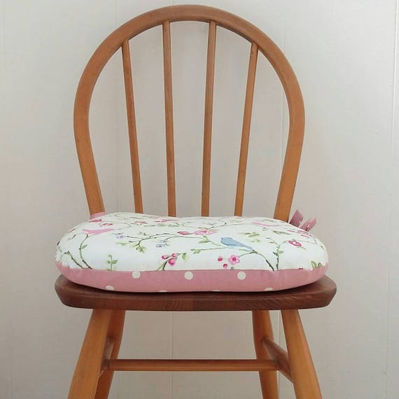 Cool Chair Cushion Dining Seat Pads Tie On Cushion Kitchen Chairs Bespoke Sizes Available Handmade In Uk D Shaped Cushion Country Kitchen Creativecarmelina Interior Chair Design Creativecarmelinacom