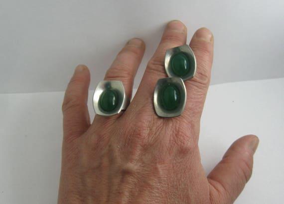 47d2314032e5 PEWTER Jorgen Jensen DENMARK 220. Designer jewelry set  ring and earclips  made of pewter with green gemstones. 1960s Modernist. VINTAGE