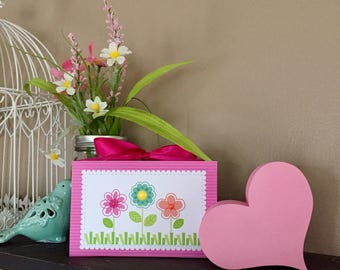 Three Spring Flowers (Green) 4x6 Wood Block