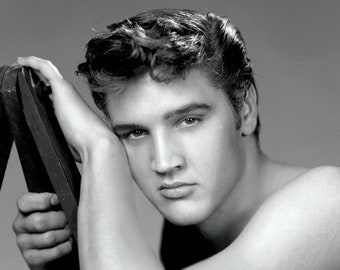 Elvis Presley ,  Elvis in a promotional photo from the 1950's # 2