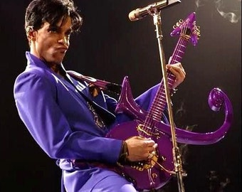 Prince , Prince performing purple rain