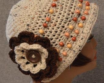 Womans Cloche Hat in Beige