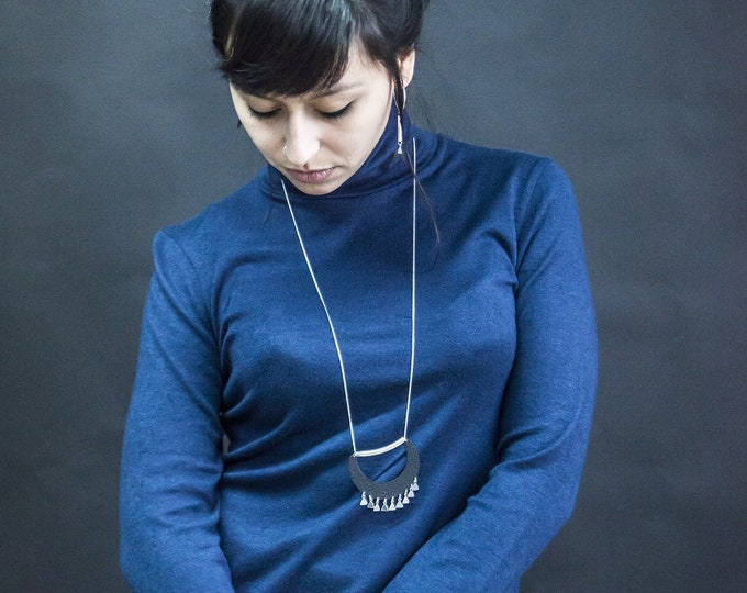 Collar necklace SIBERUT.