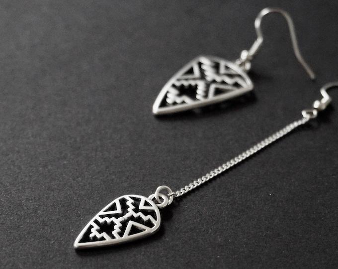 Tavoy silver earrings