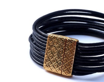 Lipans Gold Bracelet.