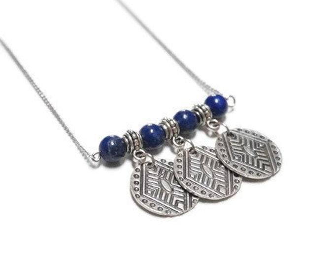 Mentawai necklace necklace.