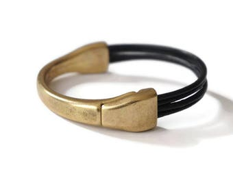 Orissa brass antique links in leather bracelet