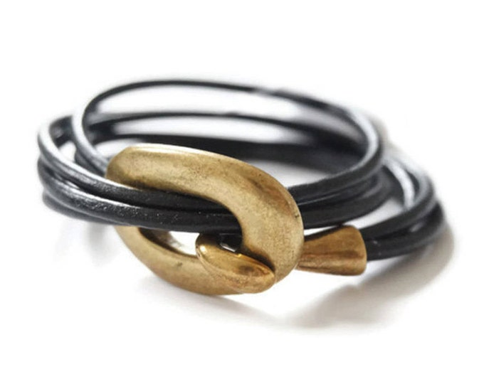 Uno bronze bracelet.