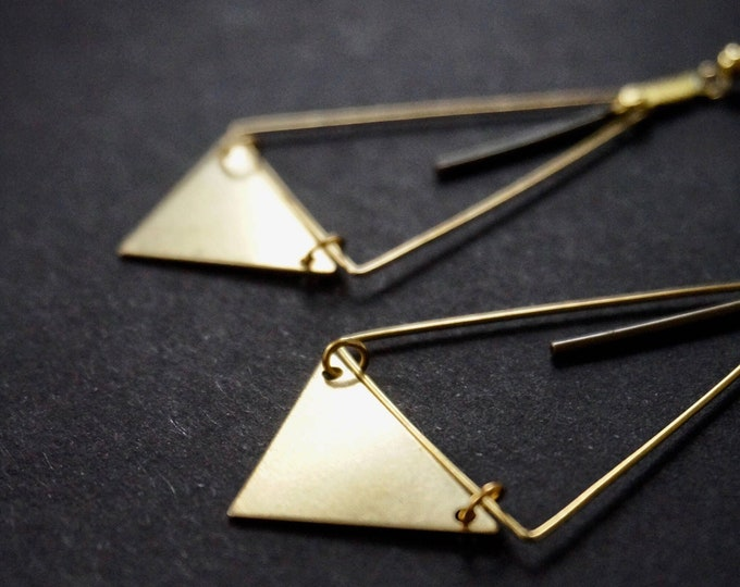 Naï soï earrings.