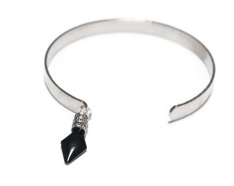 NIAS silver adjustable bracelet.