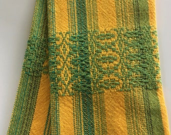 Hand woven kitchen towel or guest towel Oregon Ducks colors yellow and green by Luce Knots