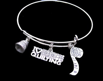 I LOVE QUILTING Bangle Charm Bracelet - Unique Gift Idea - Sewing, Quilting - Lovely Mother's Day Gift