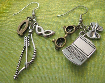 BOW & ARROW Laptop Super Hero Inspired Earrings  - With 6 Charms - Not A Licensed Product - Superhero