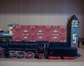 Early 1950/'s HO Gauge Pick /& Choose Individual Trains