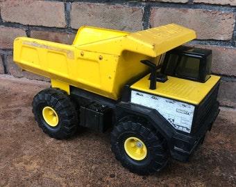 3cb5defd0d6a Vintage Tonka Dump Truck